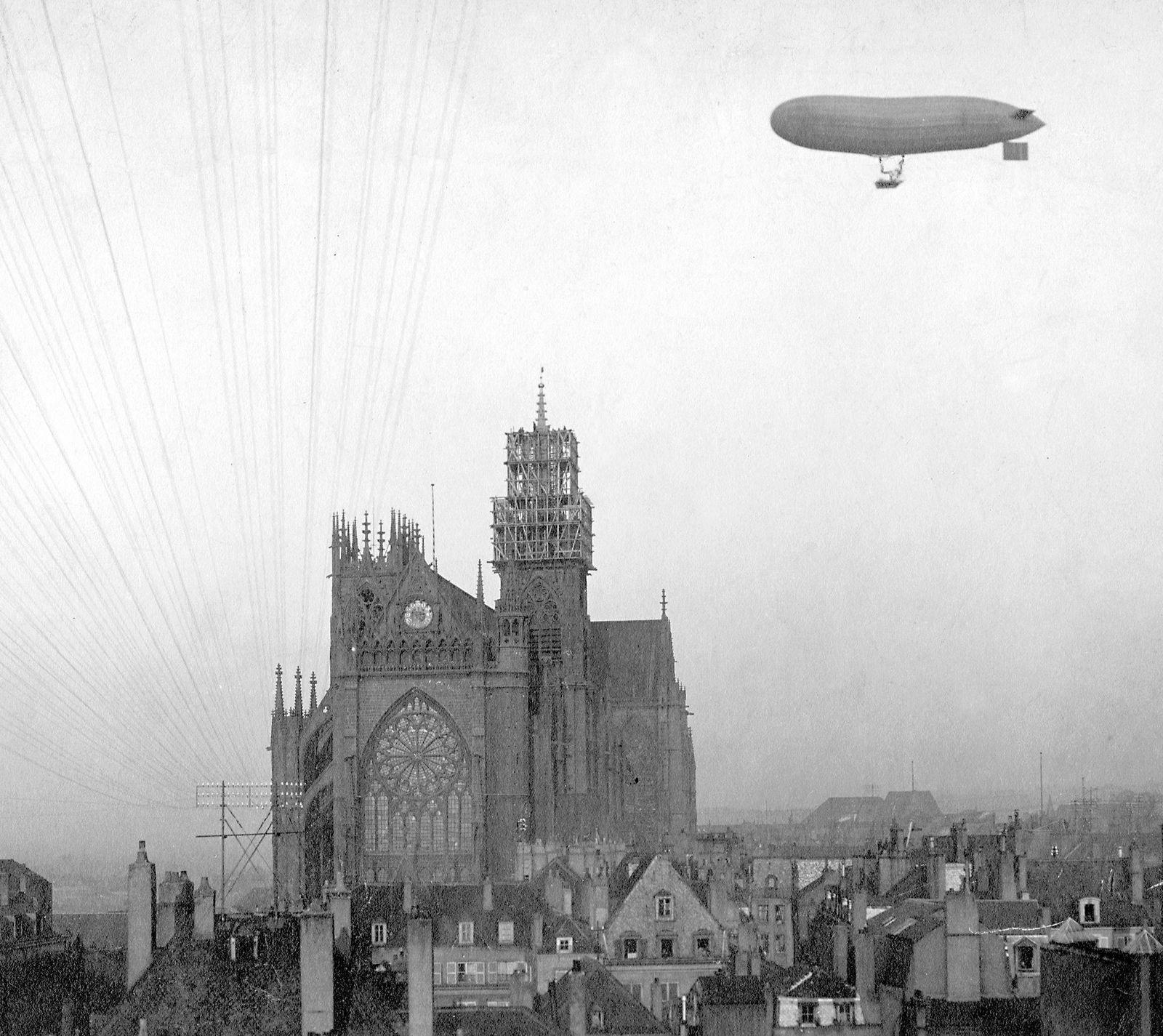 Luftschiff 'Parseval I.' über Metz, 1906