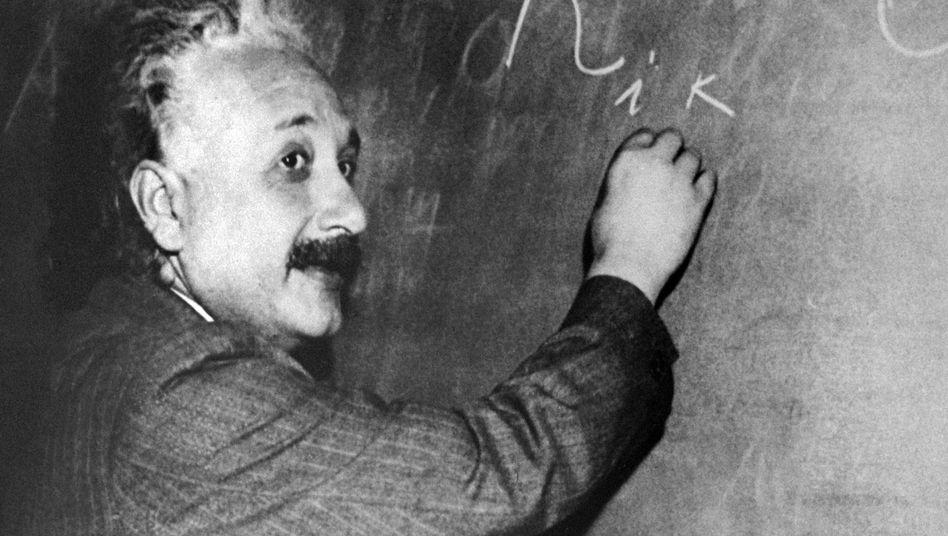 Albert Einstein 100 Jahre Allgemeine Relativitätstheorie