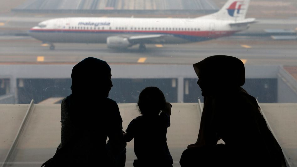 Malaysia-Airlines-Maschine in Kuala Lumpur: Fluglinie in Not