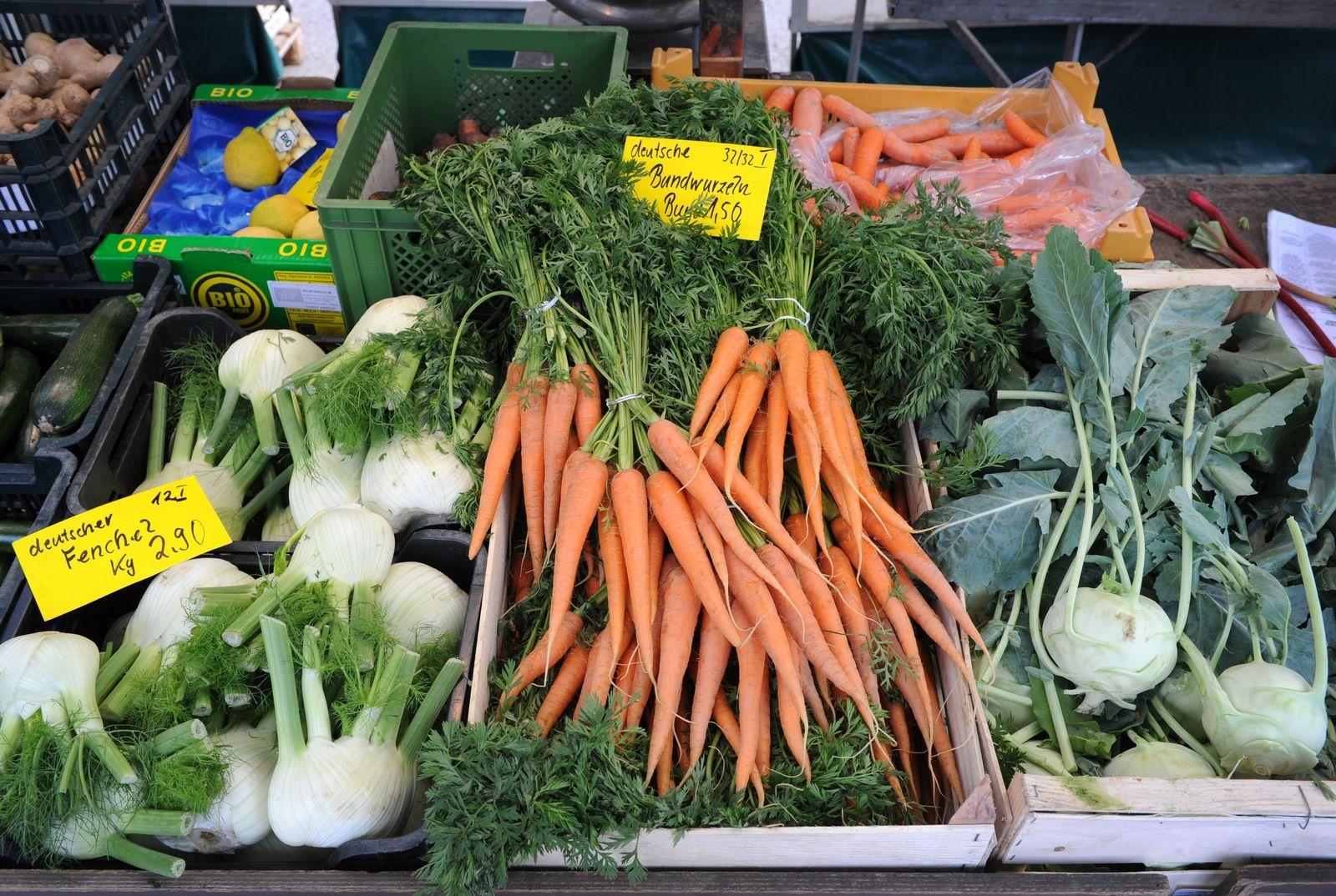 Gemüseangebot auf einem Hamburger Wochenmarkt