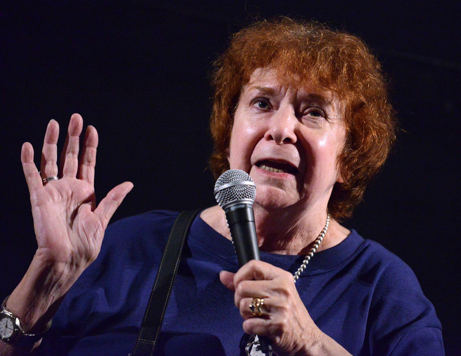 EINMALIGE VERWENDUNG Dorothy Catherine Fontana