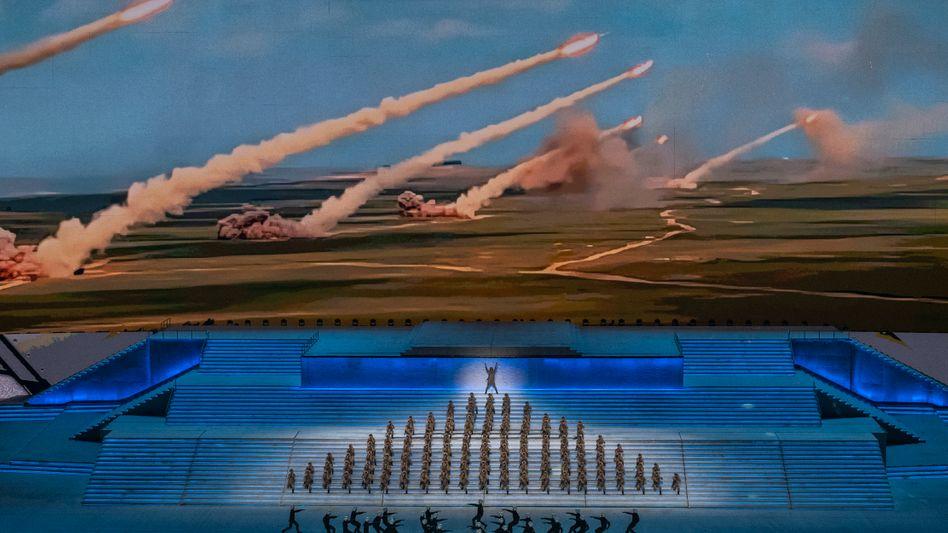 Auch bei der Propagandashow in Peking zum hundertsten Geburtstag der KP wurde auf die Raketenpower der Volksrepublik hingewiesen