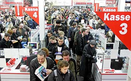 Media Markt in Berlin: umstrittene Rabattaktion zum Jahresbeginn