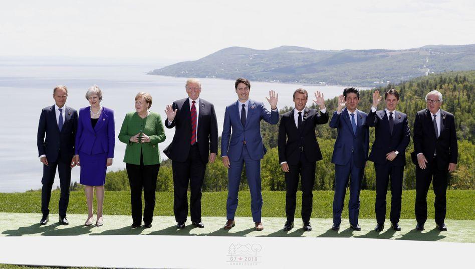 G7-Gruppenbild: Tusk, May, Merkel, Trump, Trudeau, Macron, Abe, Conte, Juncker (v.l.)