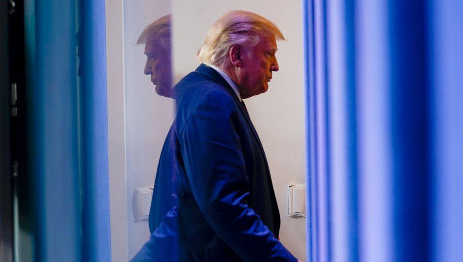 """US-Präsident Trump habe die Kunstwerke an """"prominenter"""" Stelle im Weißen Haus ausstellen wollen, sagt sein Sprecher"""