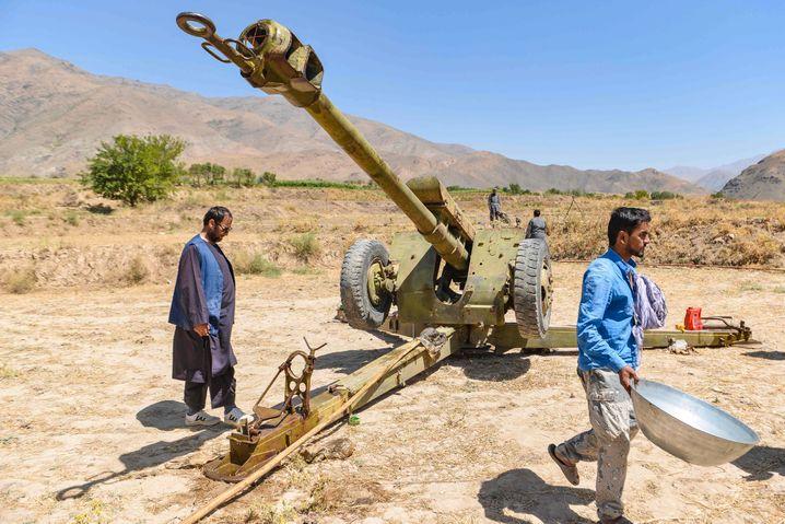 Anti-Taliban fighters in Panjshir.