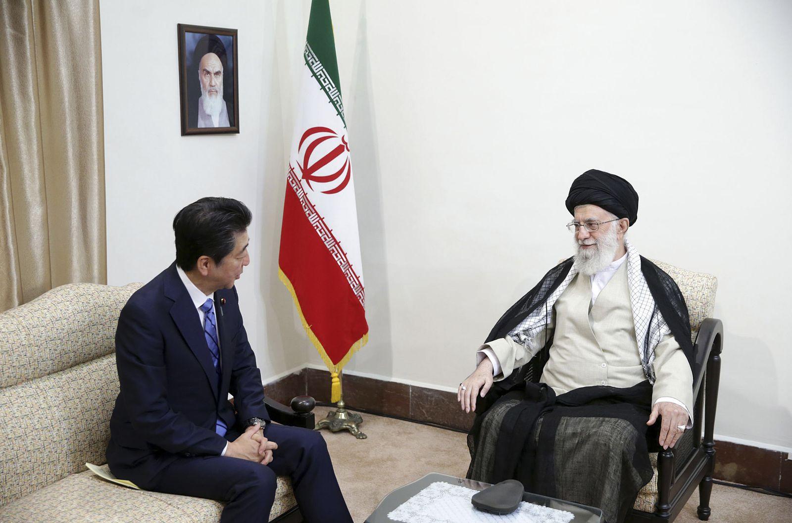 Abe und Chamenei