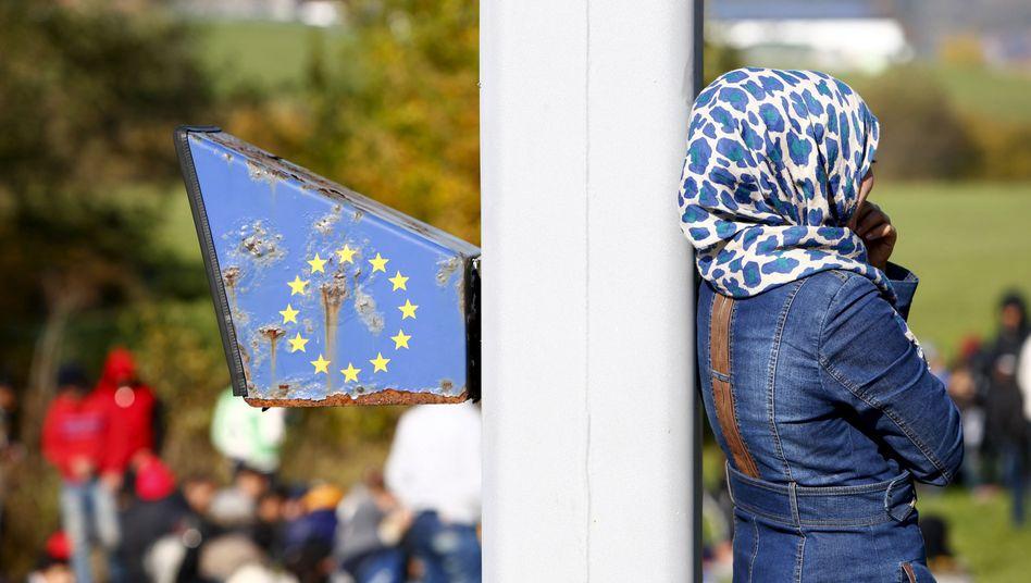 Flüchtlinge an der österreichisch-deutschen Grenze: Seehofer kritisiert Österreich