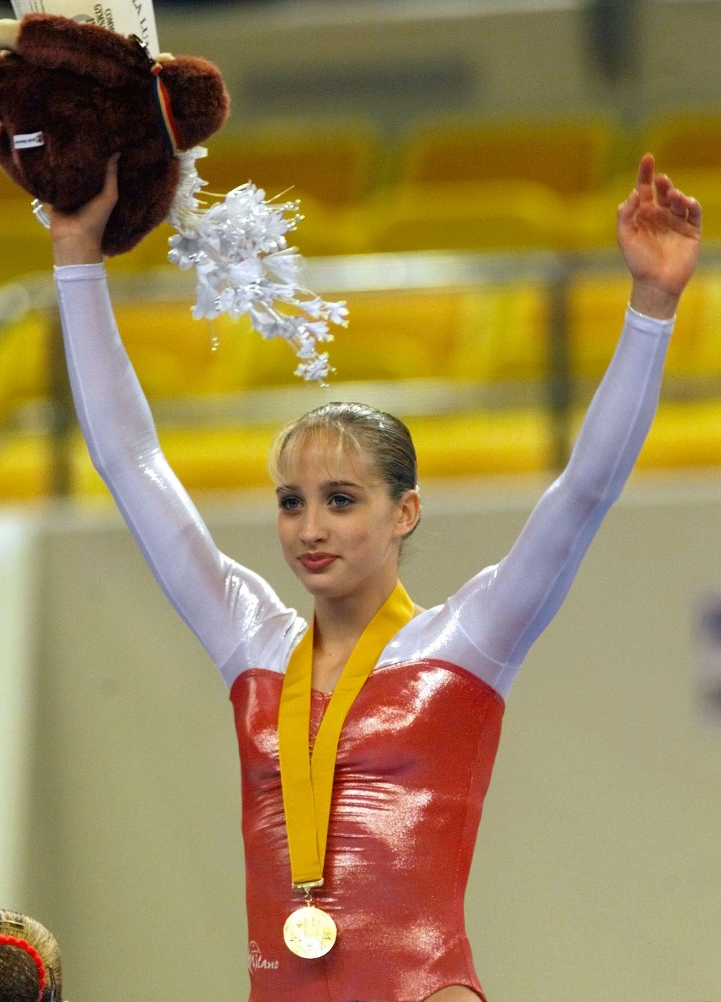 ENGLAND'S MASON WINS WOMEN'S VAULT IN GYMNASTICS OF THE 16TH COMMONWEALTH GAMES IN KUALA LUMPUR.