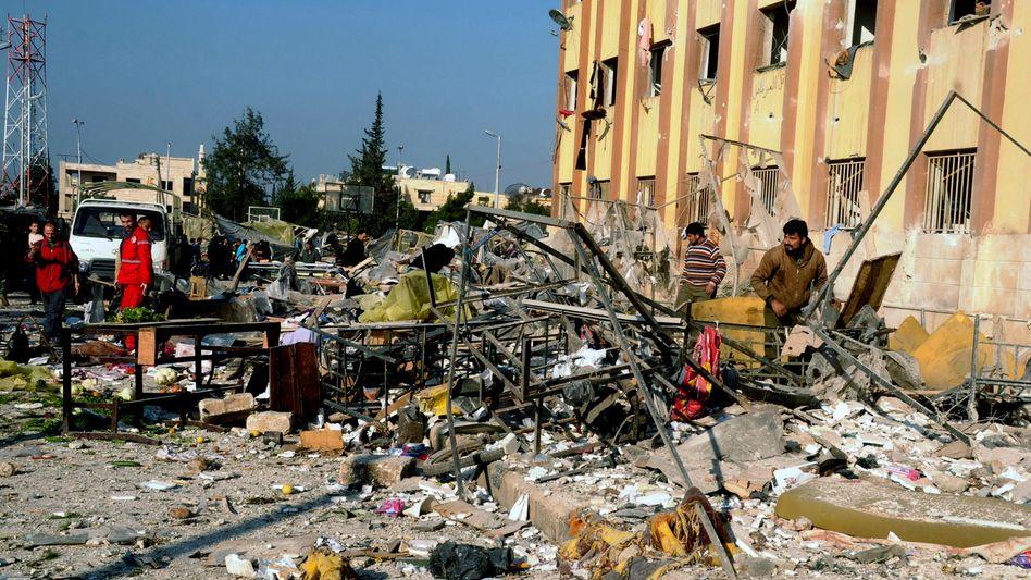 Krieg in Syrien: Dutzende Tote beiExplosionen in Aleppos Universität