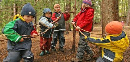 """Waldkindergarten (in Ilmenau): """"Da müssen sich die Kinder alles selbst erfinden"""""""
