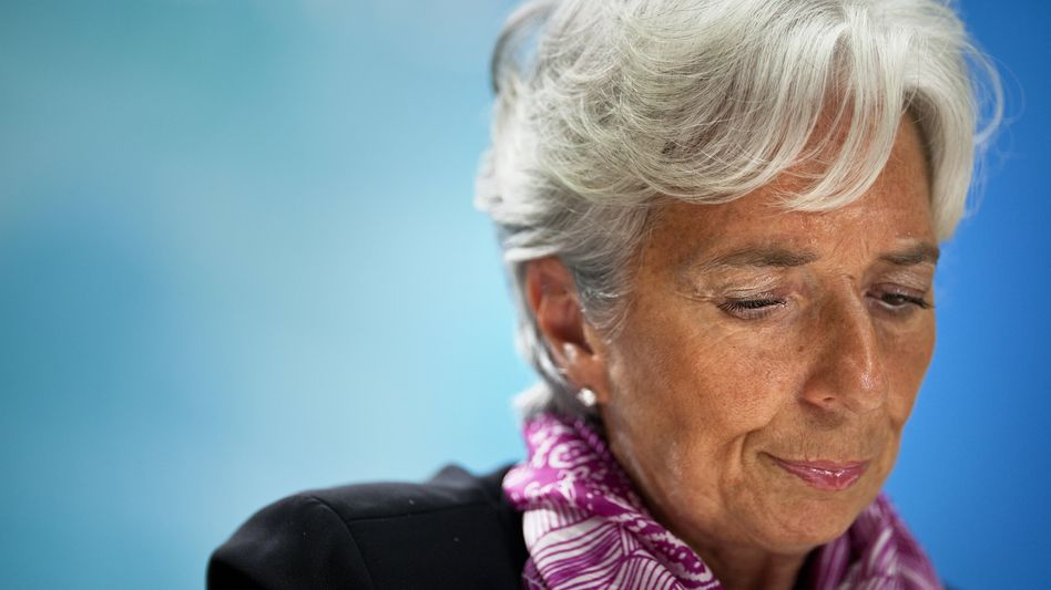 IMF Managing Director Christine Lagarde has denied wrongdoing in a 2008 arbitration deal.