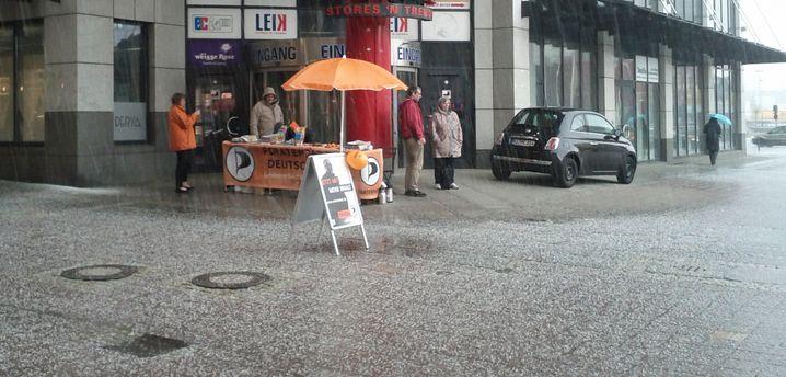 Kieler Wetter: Wahlkampf im Hagelschauer