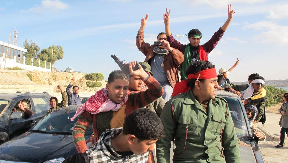 Photo Gallery: Eastern Libya's Fragile Moment of Freedom
