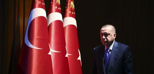 Recep Tayyip Erdoğan: Half die türkische Halkbank dem Regime in Iran?
