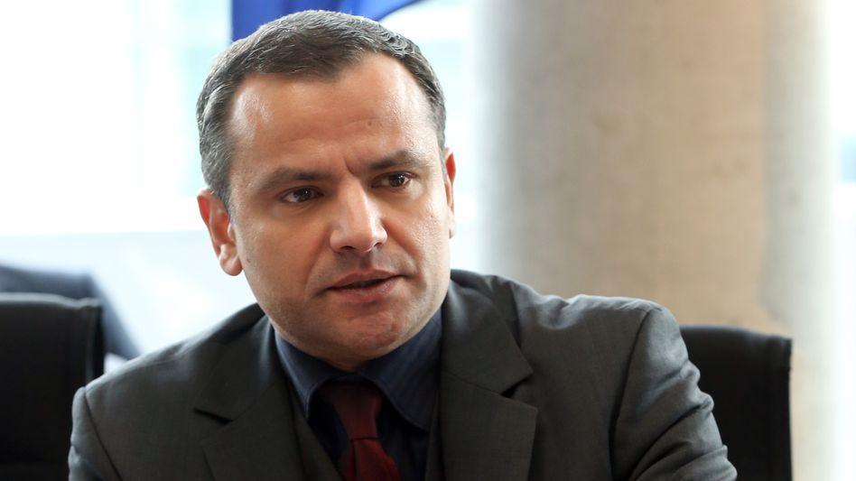 Ex-SPD-Abgeordneter Edathy: Streit um Durchsuchungen