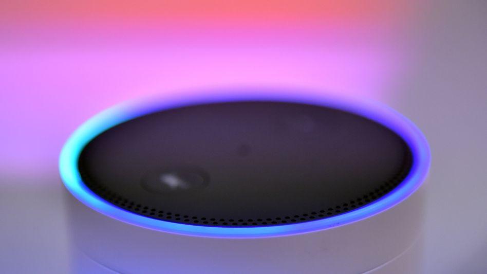 """Lautsprecher von Amazon - mit dem """"Alexa""""-Sprachassistenten"""