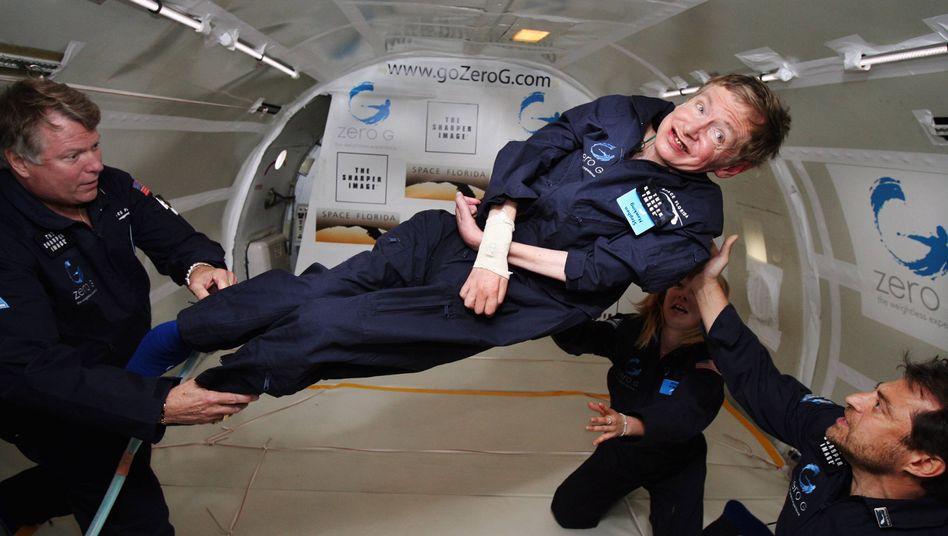 Schwereloser Hawking: Der Physiker glaubt an Leben im All, aber nicht an freundliche Aliens