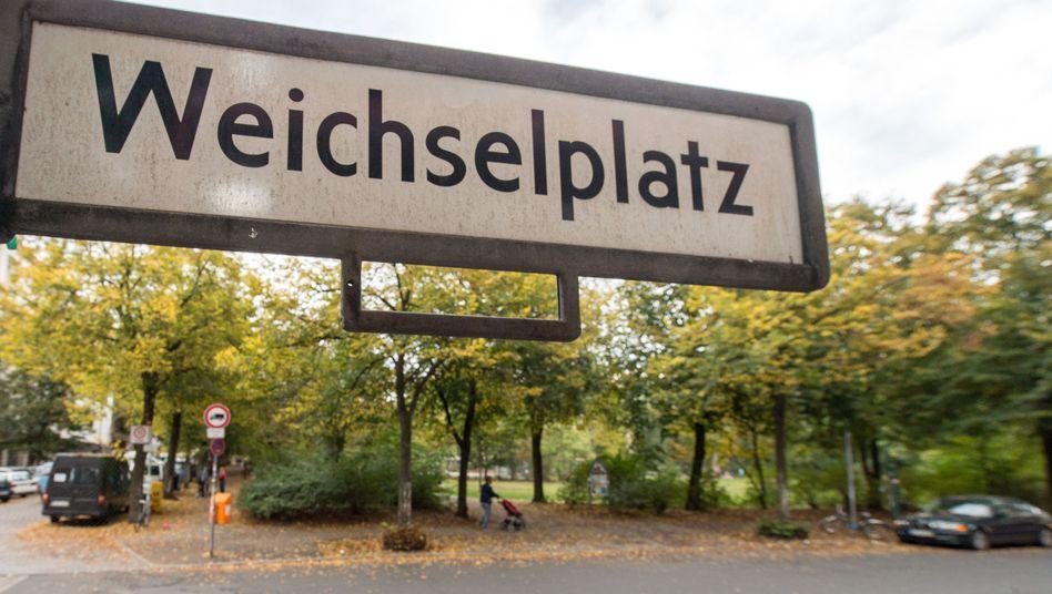 Grünanlage am Neuköllner Weichselplatz: Babyleiche gefunden