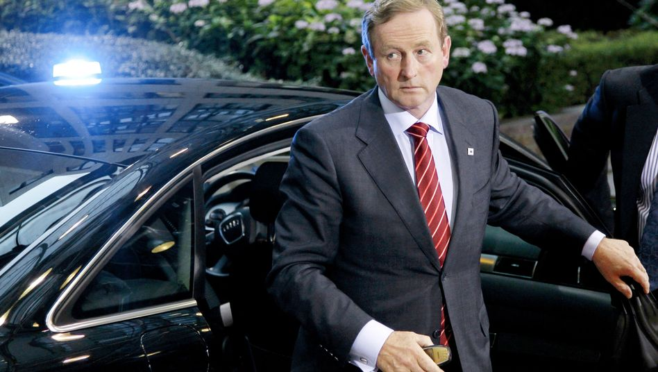 Irish Prime Minister Enda Kenny is visiting Berlin on Wednesday, where he is meeting with Chancellor Angela Merkel.
