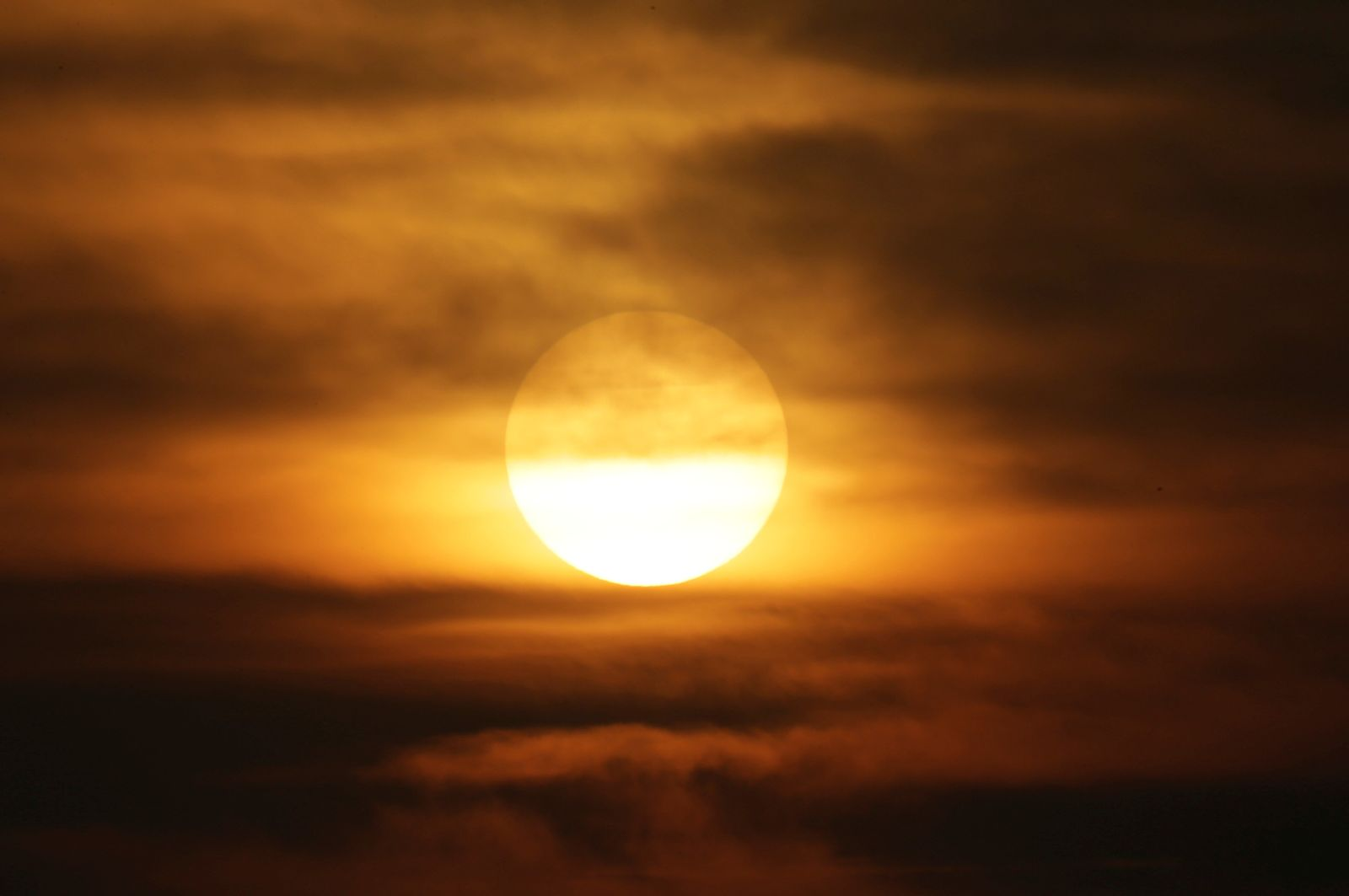Sonne Smog China