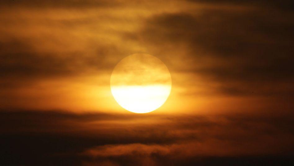 Sonne hinter Smog (Archivbild)