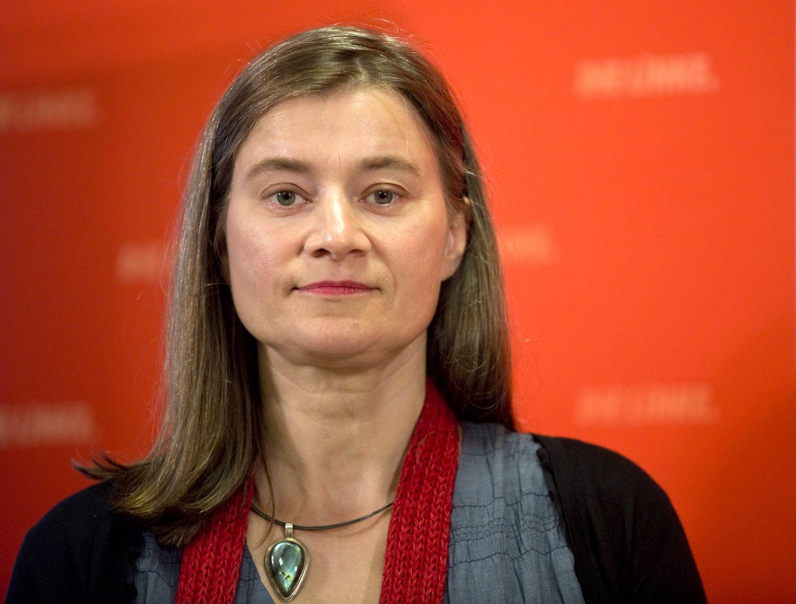 Deutschland Berlin Karl Liebknecht Haus Pressekonferenz zum Thema digitallinks mit Anke Domscheit