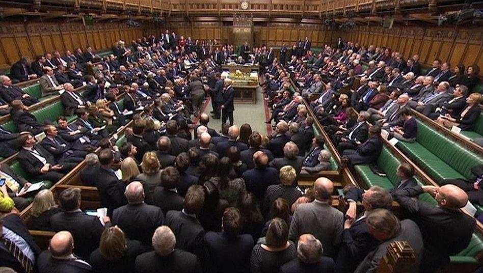 Syrien-Votum im Unterhaus: Briten entscheiden am Donnerstag über Militärschlag