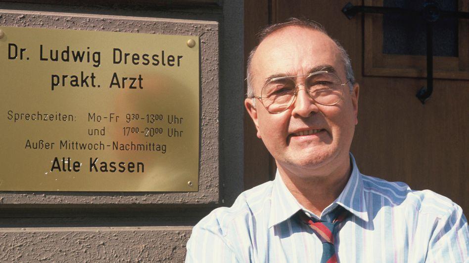 Ludwig Haas 1988 am Set der »Lindenstraße«