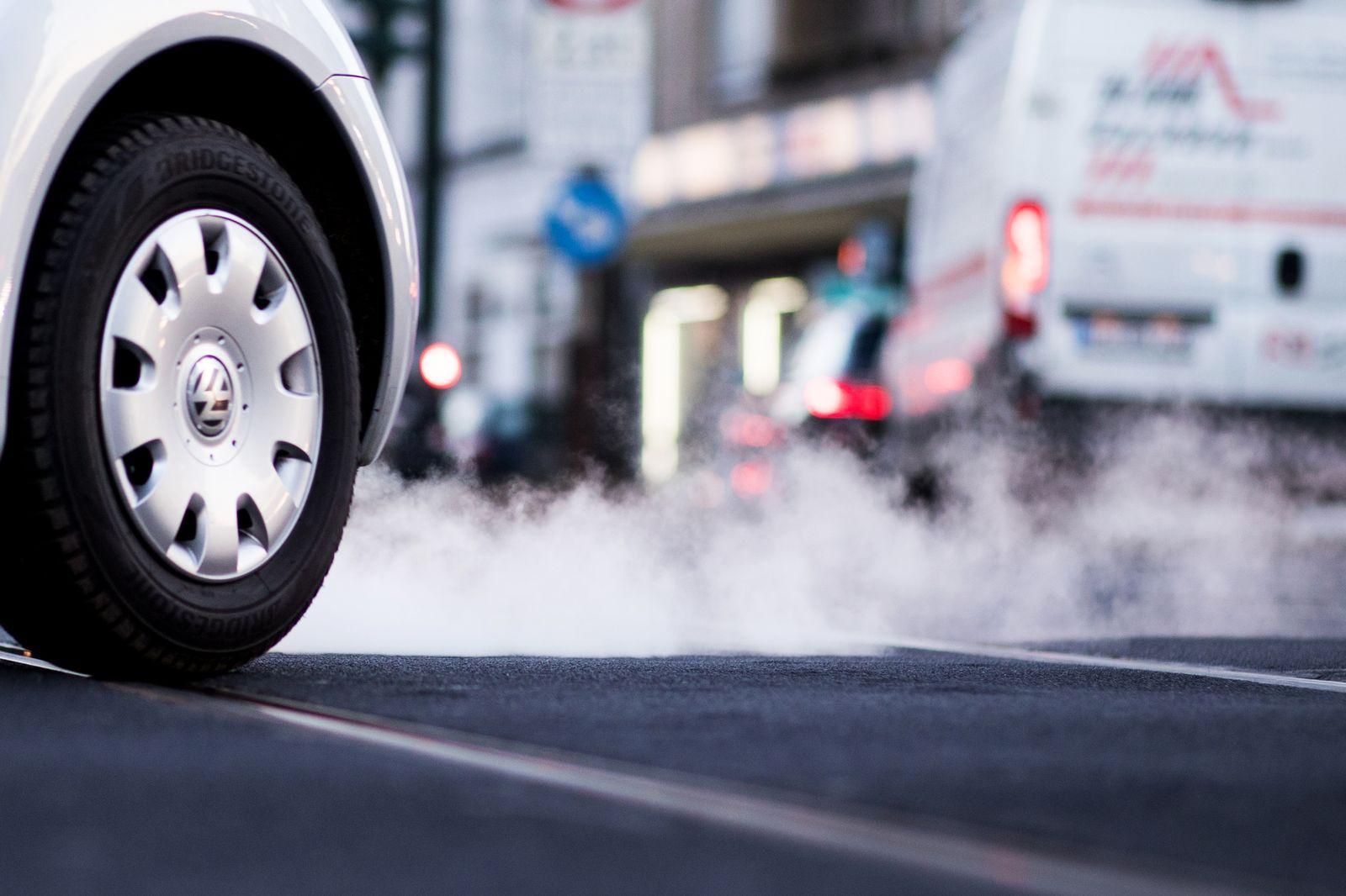 Dieselautos / Diesel Fahrverbot / Fahrverbote / Abgas / Gewinner / Abgase /