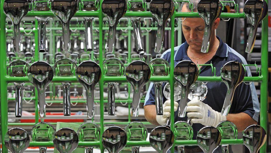 """Mitarbeiter bei Hansgrohe: """"2011 wird sich zeigen, wie tragfähig der Aufschwung ist"""""""