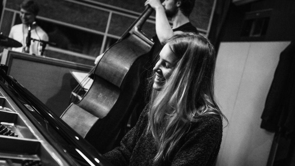 Julia-Kadel-Trio: MPS zu neuem Leben erweckt