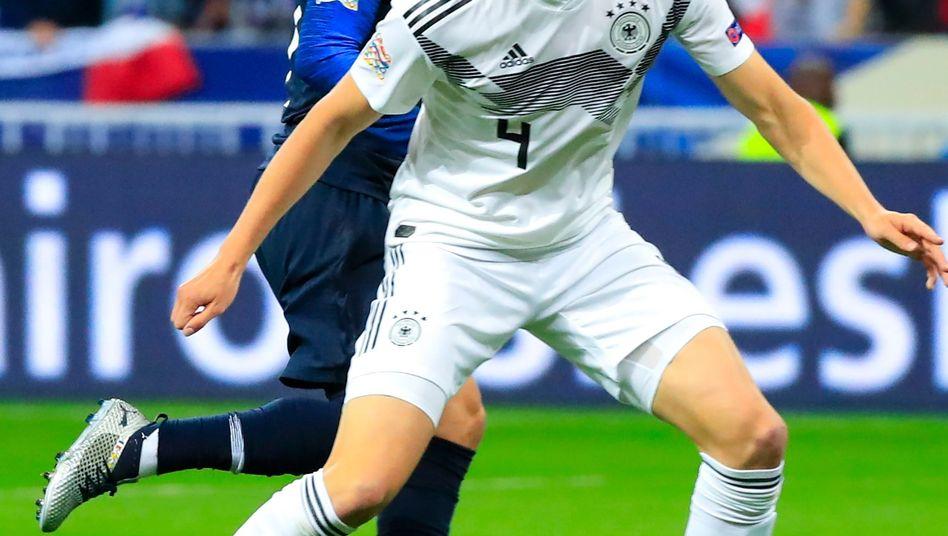 Matthias Ginter (r.) im Spiel gegen Frankreich 2018