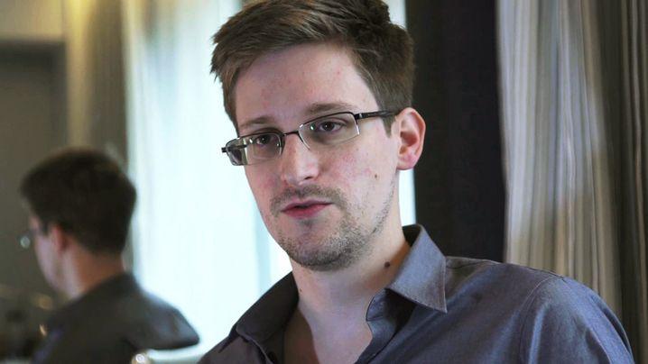 Snowden gibt sich zu erkennen