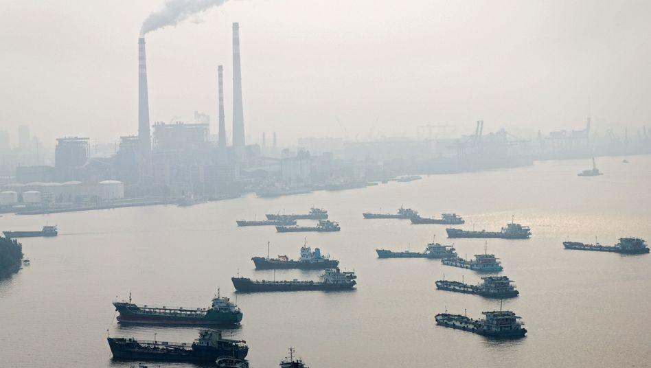 Chinesische Fabrik: Kampf für verbesserten Schutz der Umwelt
