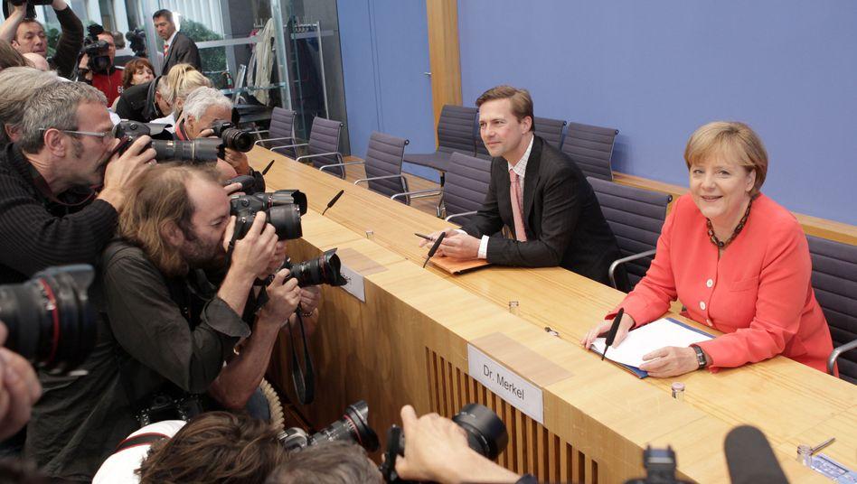 Griechenland-Rettung: Merkel redet deutsche Krisenhilfe klein