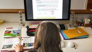 Jobcenter muss Computerkosten für Schülerin übernehmen