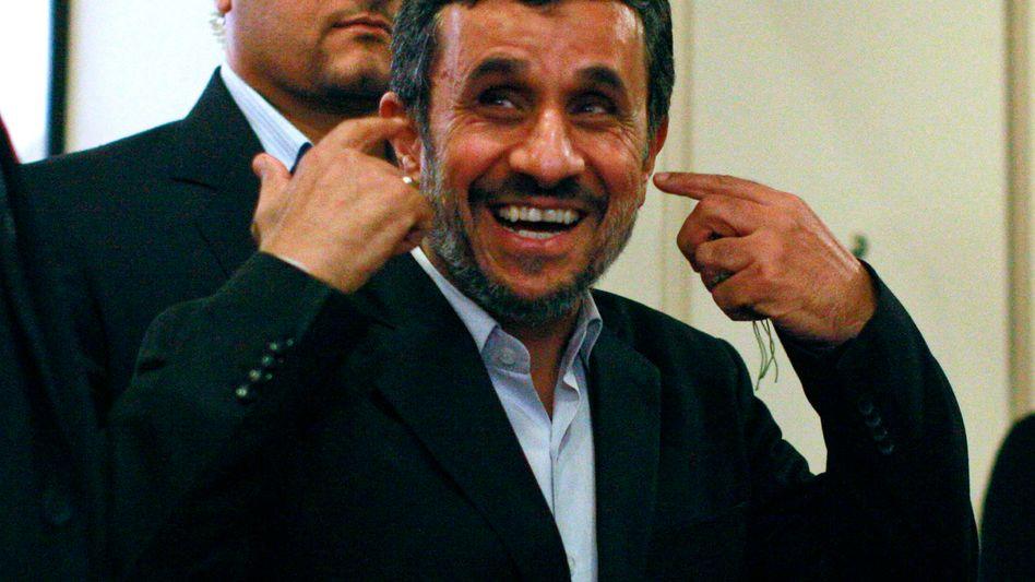 Irans Präsident Ahmadinedschad: Falsche Umfrage sorgt für Wirbel