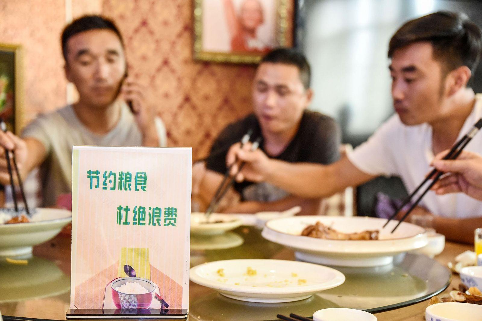 CHINA-ECONOMY-FOOD