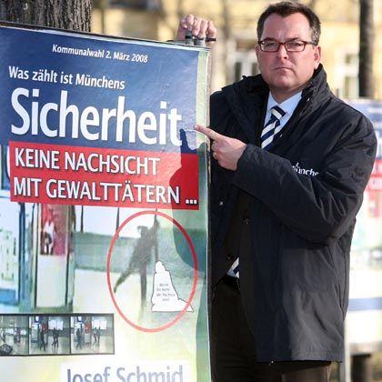 """Münchens CSU-OB-Kandidat Schmid mit umstrittenem Plakat: """"Reizgas-Sprays ausverkauft"""""""