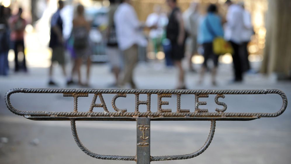 Photo Gallery: Tacheles on the Brink