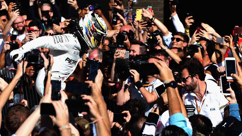 Großer Preis der USA: Hamilton bejubelt Sieg mit Bolt