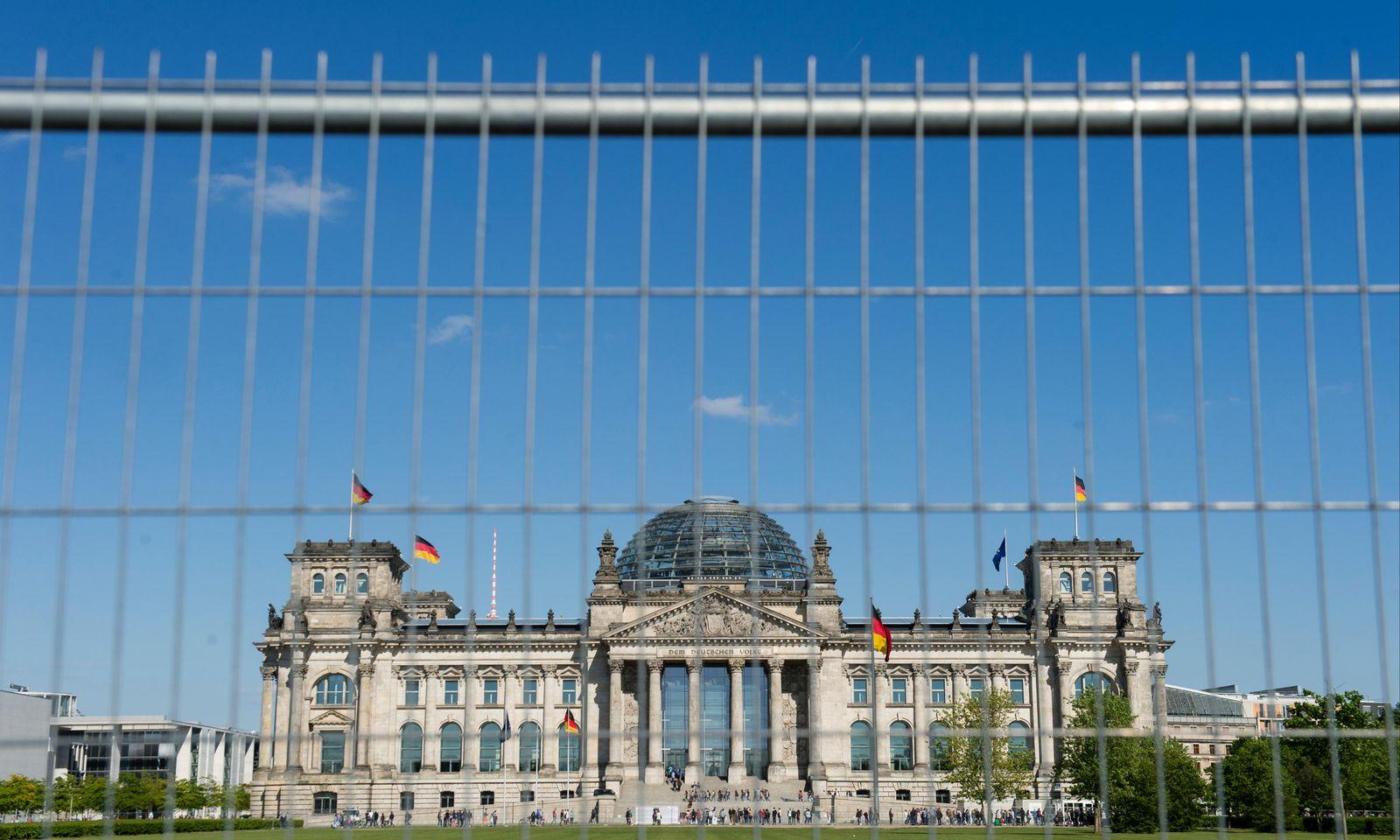 Reichstagsgebäude/ Berlin
