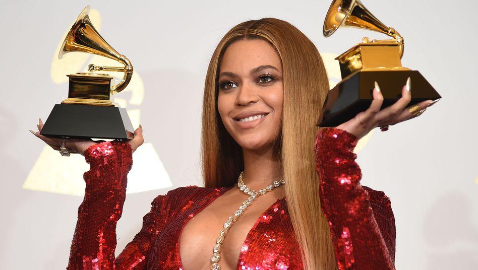 Kommt 2021 Grammy-Nachschub? Beyoncé mit zwei Trophäen nach der Verleihung 2017
