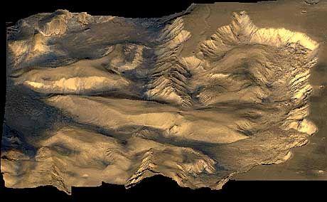 """Wind und Vulkane formten diese Landschaft: Candor Chasma im Valles Marineris aufgenommen von den US-Sonden """"Viking 1"""" und """"Viking 2"""""""