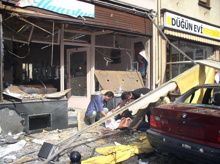 Tatort Keupstraße (Juni 2004): Nägel auf der Straße