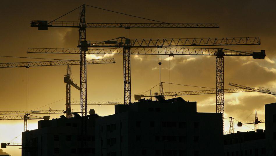 Baustelle in Spanien: Weitere Strukturreformen nötig