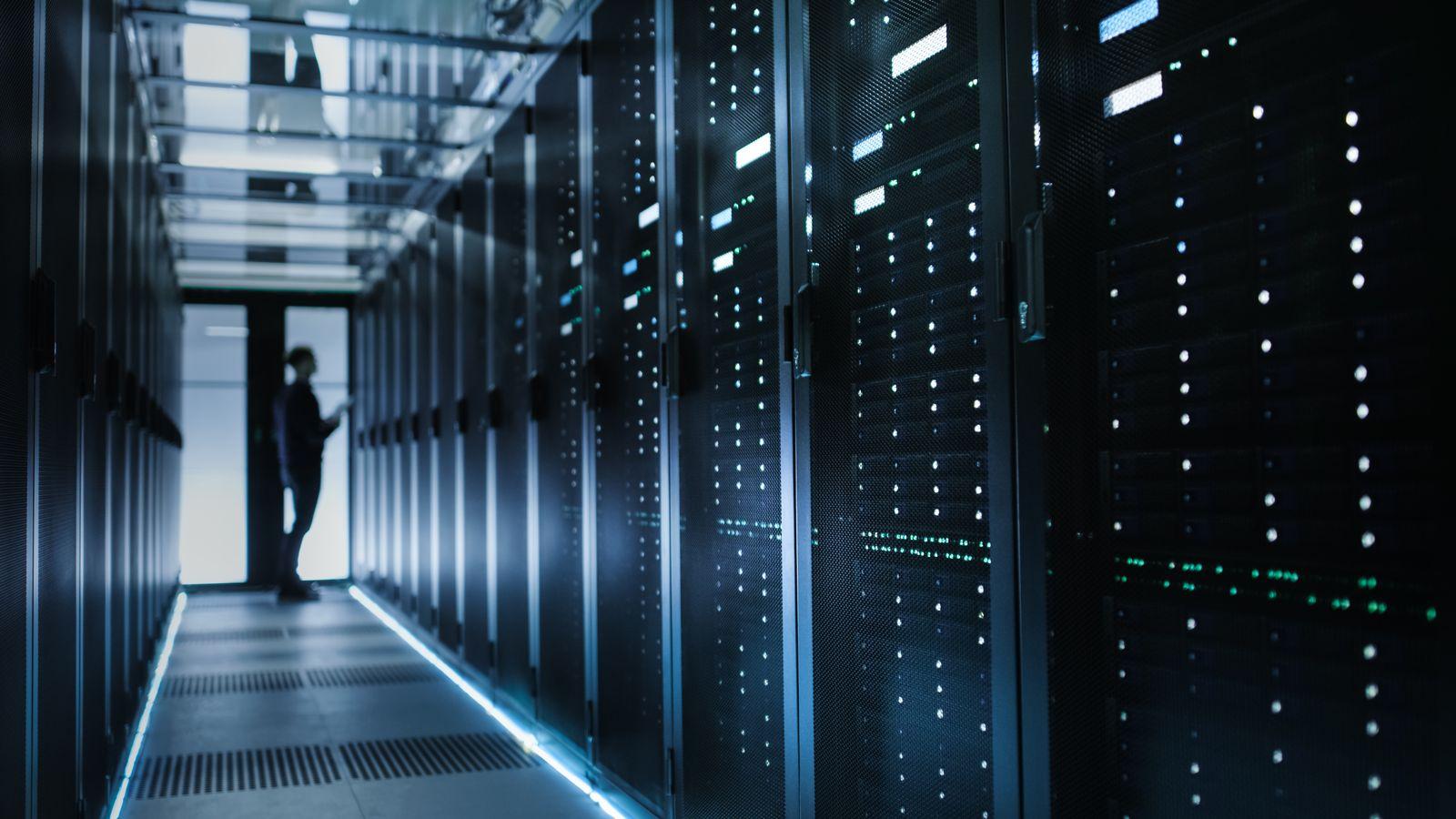 EINMALIGE VERWENDUNG Server Schrank / Vorratsdatenspeicherung