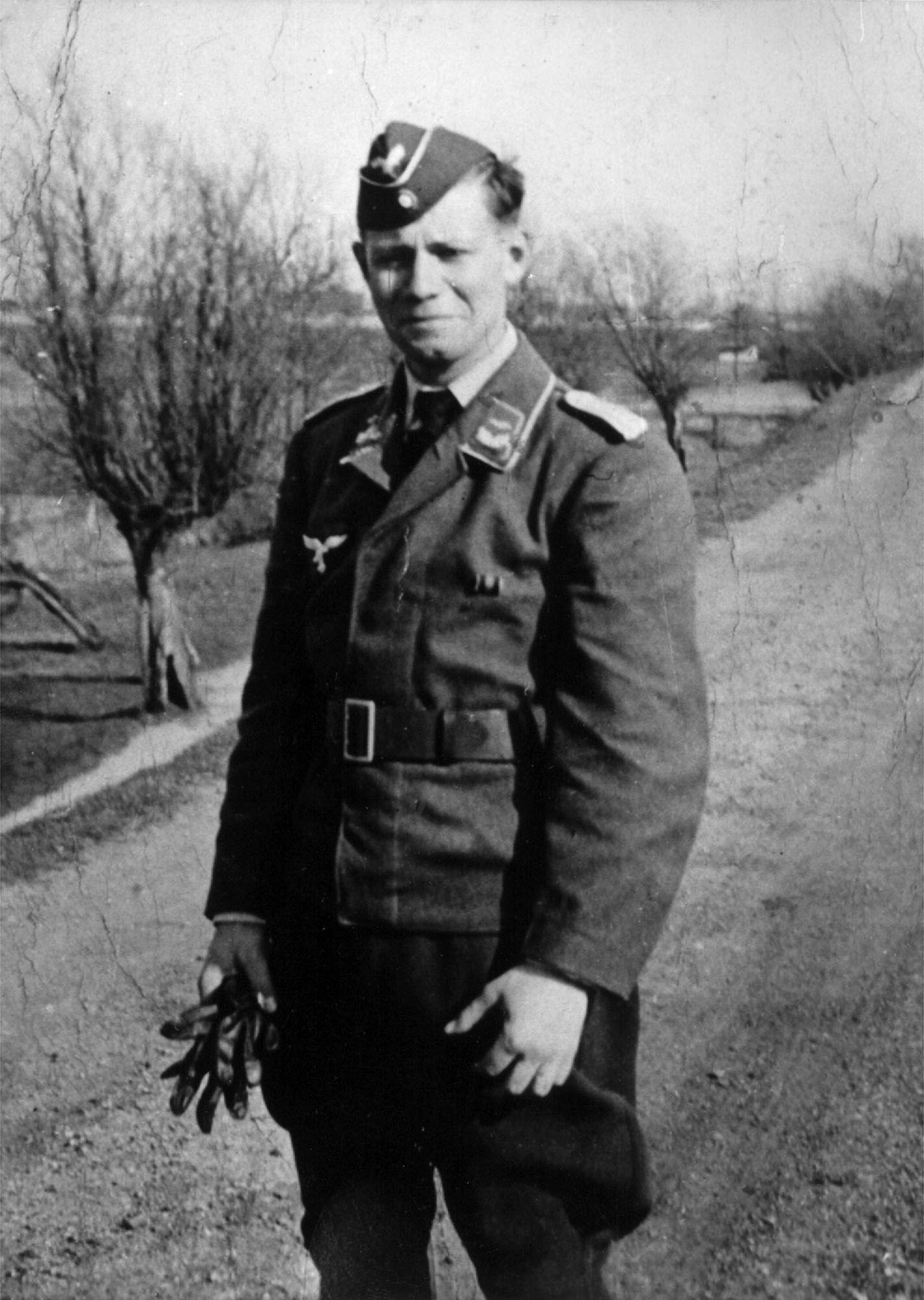 Helmut Schmidt / Wehrmacht / Uniform