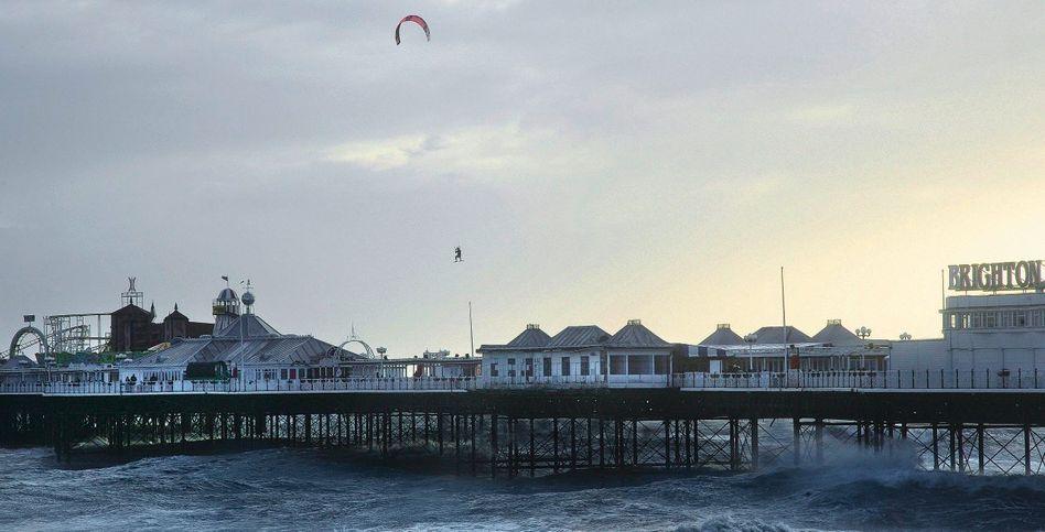 Kite-Surfer Crathern
